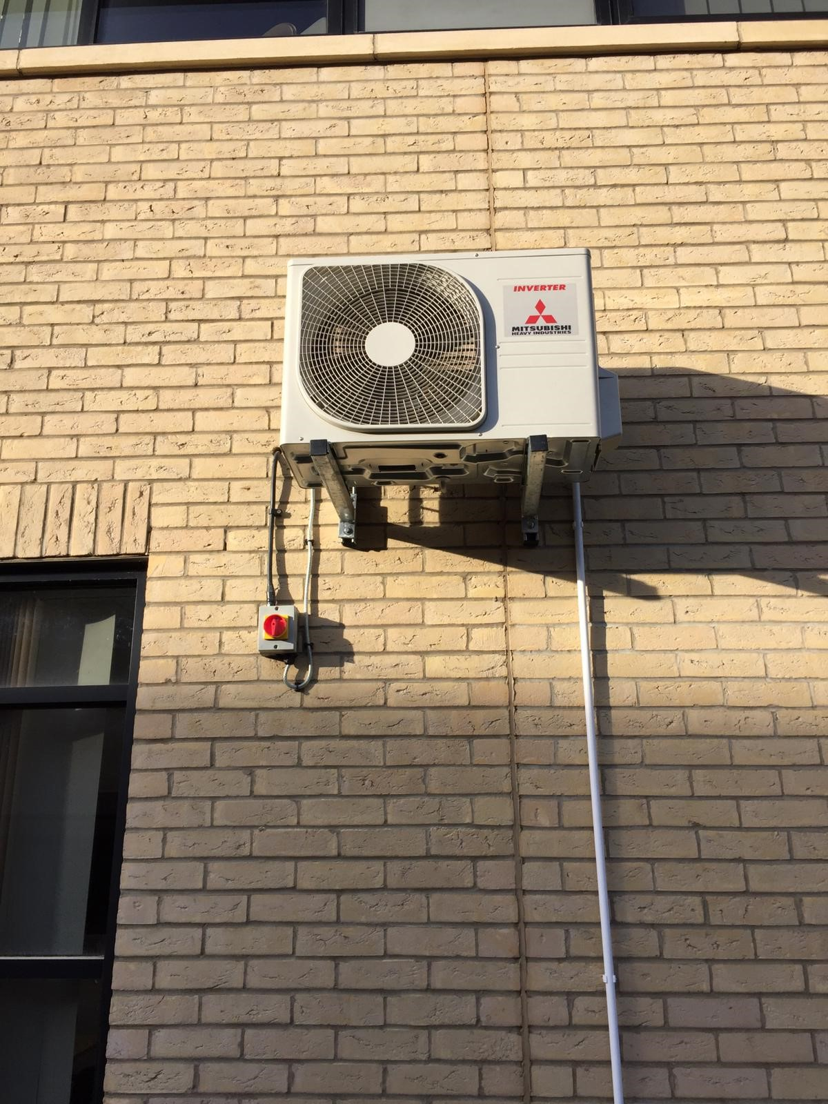 Air Conditioning outdoor condenser- comms room 19-1-19