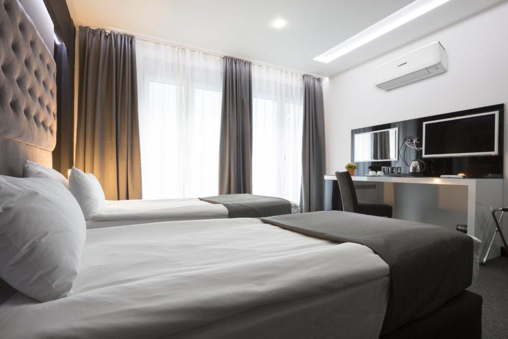 Hotel Room 303889196 with Mitsubishi SRK