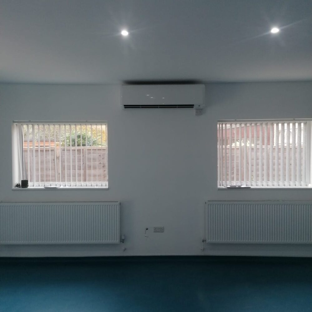 Physio room Wall Mounted Mitsubishi AC system 6.3kw